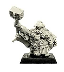 SpellCrow: Dwarf Rune Priest with Hammer - SPCH0211